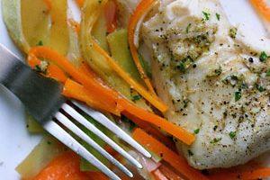 bacalao gratinado al horno con alioli y patatas